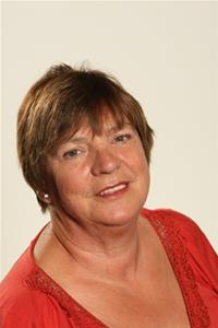 Profile image for Councillor Pauline Phillips